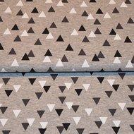 Triangles-grey-black-white